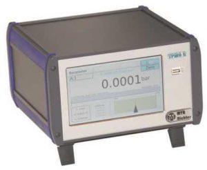LC 6P Pressure-controller calibrator